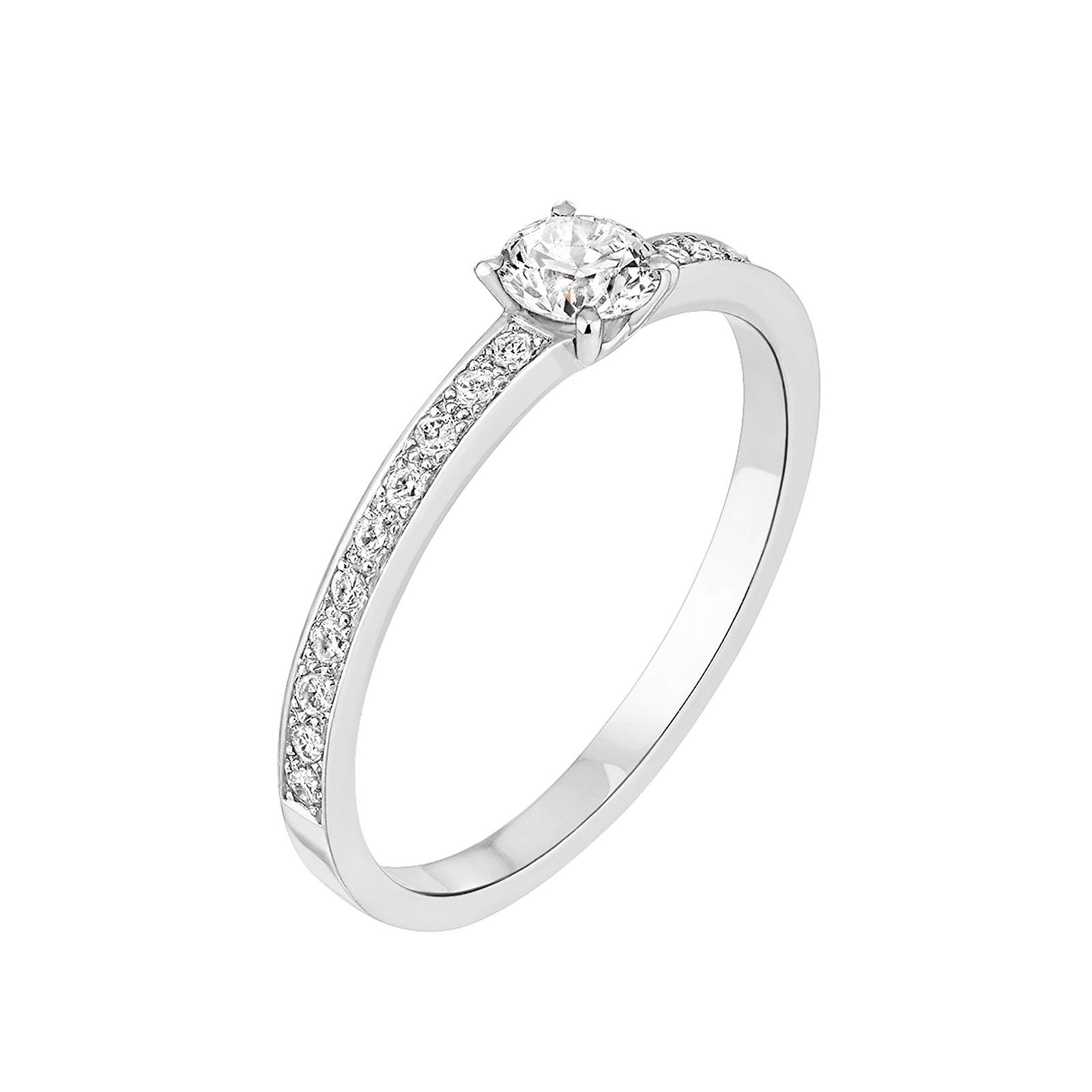 bague de fiancaille femme or blanc diamant