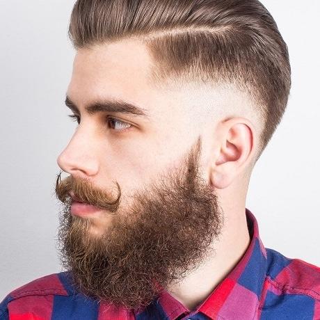barbe bouclée