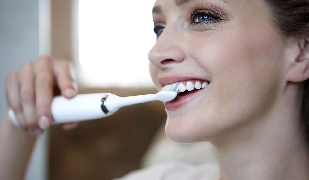 bien utiliser brosse a dent electrique