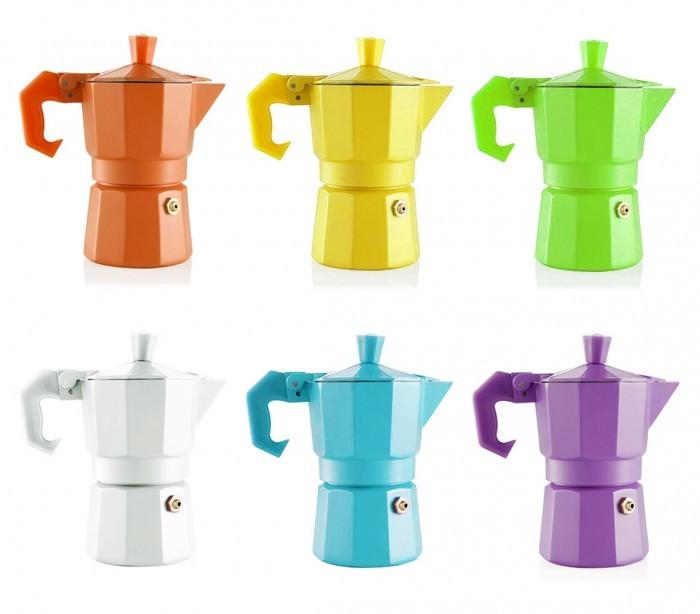 cafetiere de couleur
