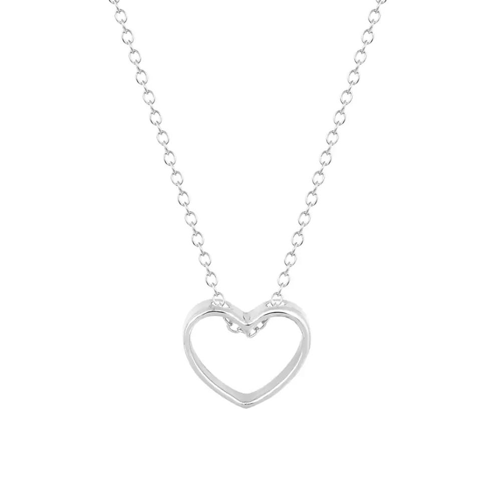 collier avec coeur