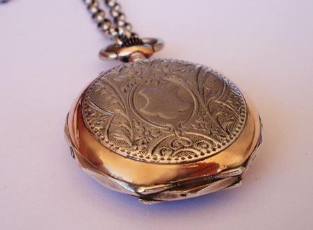 montre ancienne pendentif
