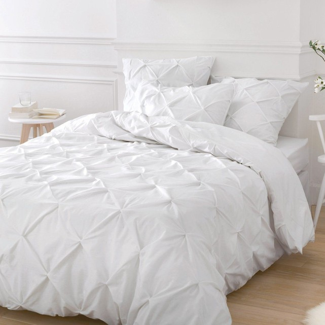 parure de lit blanche