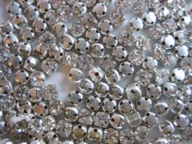 strass à coudre